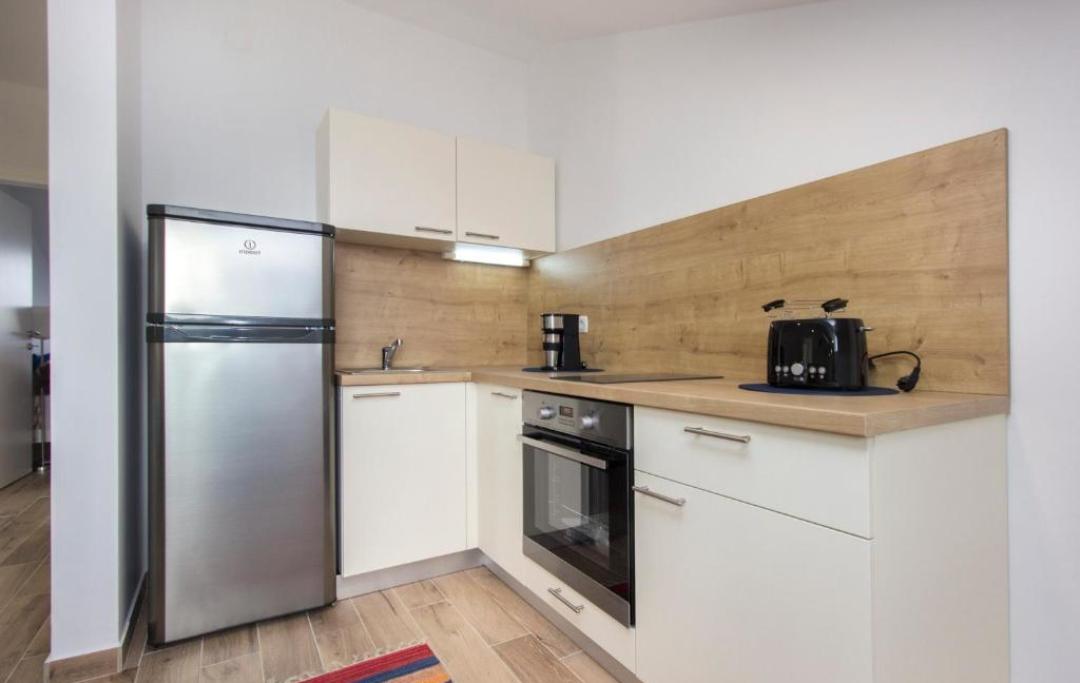 apartman5-kuhinja