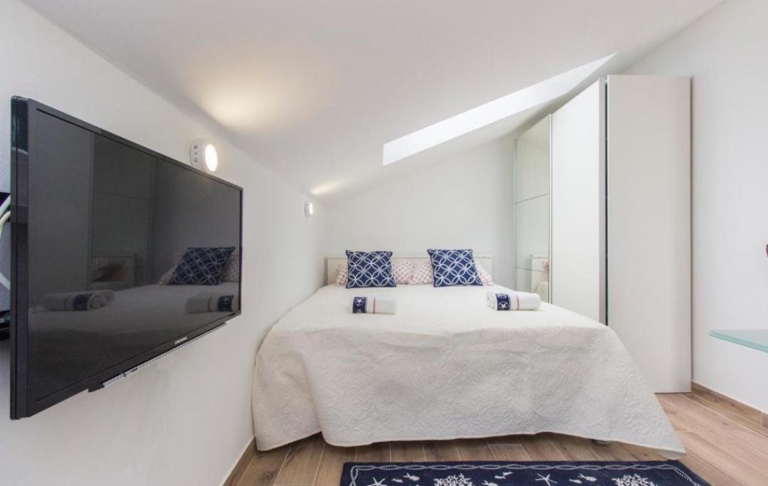 studio-apartman2-spavaća-soba
